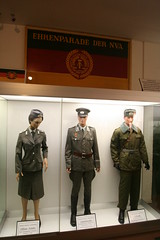 Panzermuseum Munster - Saal der Sammlungen - DDR NVA Uniformen (yetdark) Tags: museum deutschland military collection ddr uniforms gdr weapons munster tankmuseum ausstellung panzermuseum eastgermany lneburgerheide militr nva germandemocraticrepublic niedersachsen sammlung waffen uniformen deutschedemokratischerepublik eastgermanarmy militrmuseum nationalevolksarmee leutnant tamron1024mm nationalpeoplesarmy landkreissoltaufallingbostel stabsfeldwebel saaldersammlungen deutschespanzermuseummunster ehrenparade offizierschler germantankmuseum