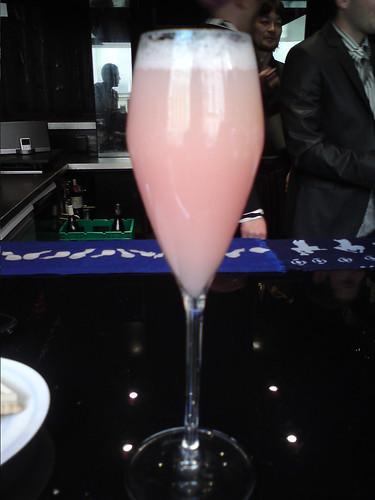 Guilo Guilo: Sake Bellini
