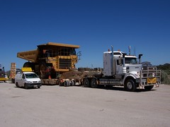 Oversize loads at SA/WA border (scooter321a) Tags: truck transport dump australia mining rhodes exact services oversize kenworth c501