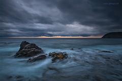 La Negra, capvespre tempestus. (JordiGallego) Tags: atardecer mar nubes costabrava roca temporal palamos costabravarocanegrapalamos