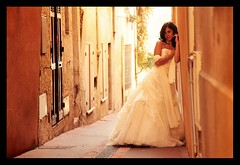 MARIAGE / WEDDING : Virginie, Posing in the Street ! :o) (Sebastien LABAN) Tags: wedding portrait white love face composition hair eyes cotedazur dress ceremony mariage shoulder glance 83 var sud straphael saintraphael theperfectphotographer haircutlook freijus