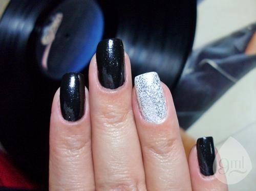 manicure P&B