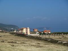 N afrsi t Pogradecit, kepi i Linit. Environs de Pogradec, lac d'Ohrid, Albanie. Alrededores de Pogradec, lago de Ohrid, Albania. Pogradec area, lake of Ohrid, Albania. (Only Tradition) Tags: al albania hsh albanien shqiperi shqiperia albanija albanie shqip shqipri shqipria pogradec shqipe arnavutluk albani   gjuha          albnija