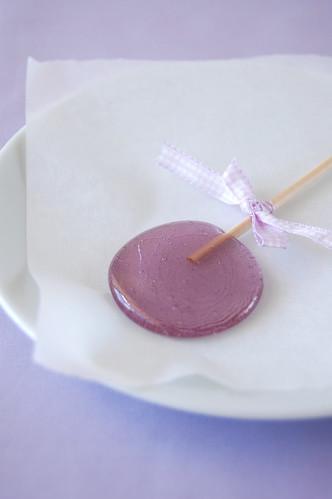 Lavender lollipops / Pirulitos de lavanda