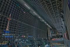 Kyoto Station (whc7294) Tags: kyoto  hdr  kyototower kyotostation  photomatix jrkyotostation harahiroshi hotelgranviakyoto  platinumheartaward nikond300  1424mmf28  jr