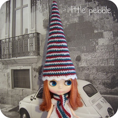 Blythe Gnome Hat and Matching Scarf Set (red, green, white)