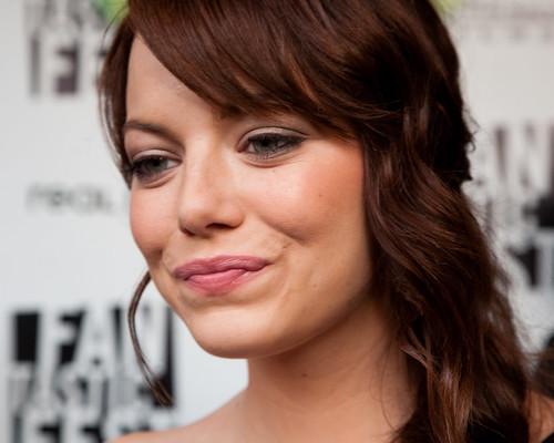 emma stone hair in zombieland. Emma Stone - Zombieland