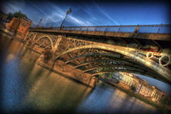 Amanece en Sevilla. (Z Snchez) Tags: bridge espaa puente photography dawn photo sevilla spain photographer seville andalucia amanecer elite hdr triana impressedbeauty  elitephotography    oltusfotos