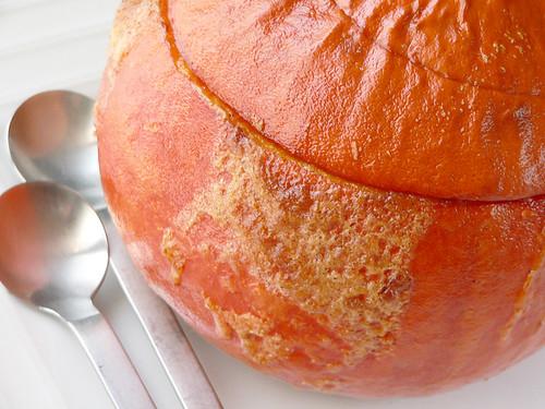 Hokkaido-Kürbis mit Puddingfüllung