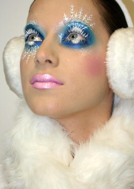 зимний фантазийный макияж с палеткой 120 теней