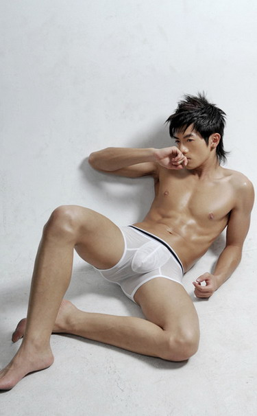 shirtless-asian-perfect21
