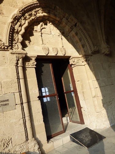 Bellapais Abbey, cloister - refectory doorway (2)