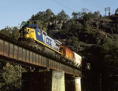 Springwood VA Sunday October15th 1995 1125EDT (Hoopy2342) Tags: train rail railway railroad springwood virginia va jamesriver bridge tunnel csxt csx