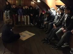 Groep 8b is vandaag naar het scheepvaartmuseum. Wij leren alles over het slavernijverleden en schrijven daar een mooi gedicht over.
