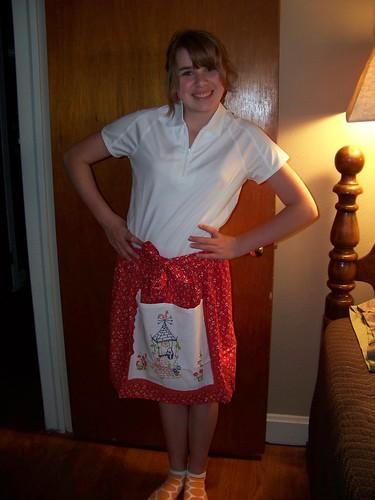 vintage linen apron rec'd