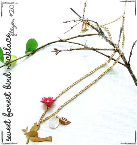 Glitzer sweet forest bird necklace.