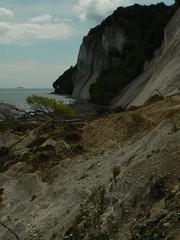 Mns Klint (uempe (only sporadically here)) Tags: sea nature water rock digital landscape denmark photo meer wasser europa europe foto natur balticsea baltic panasonic landslide fels landschaft dnemark danmark ostsee 2009 felsen mnsklint mn chalkcliff cliffsofmn panasoniclumixdmcfz7 storetaler storetalerfald