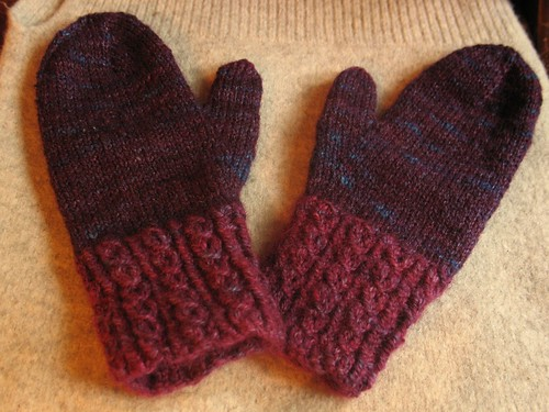 Twisted Mitts