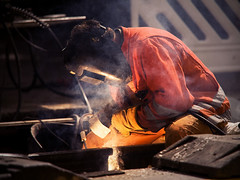 Man at work (blubbla) Tags: man men eos welding working hard repair 5d mann arbeit harte reperatur blubbla schweisen
