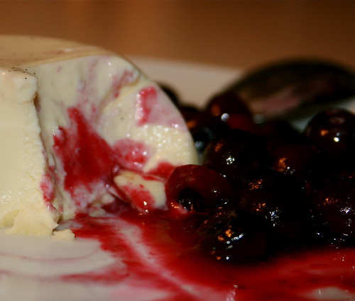 White Chocolate Pannacotta with Blueberry Compote