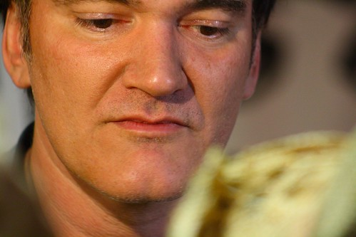 Tarantino listens to question about Chicago deep-dish pizza