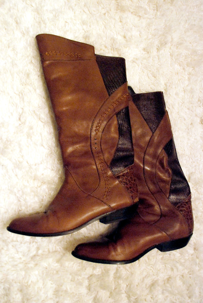 knee high vintage boots