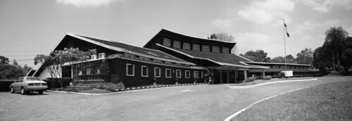 Balai Pertemuan Bumi Sangkuriang - Left View
