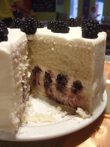 Blackberry Vanilla Cake (2)