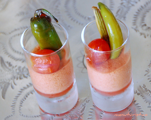 spuma di bloody mary con verdure caramellate
