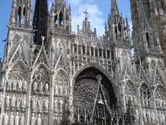 La cathdrale de Rouen ~ Rouen Cathedral (Michele*mp slowly catching up) Tags: summer france stone architecture facade geotagged europe cathedral pierre gothic august cathdrale rouen normandie normandy gothique aot seinemaritime et hautenormandie platinumphoto simplystunningshots michelemp geo:lat=49440229 geo:lon=1093775