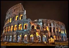 Romeo, er più bello der Colosseo (the_lighter) Tags: longexposure rome roma night nikon long exposure cloudy colosseum arena statua notte hdr colosseo anfiteatro d60 platinumheartaward