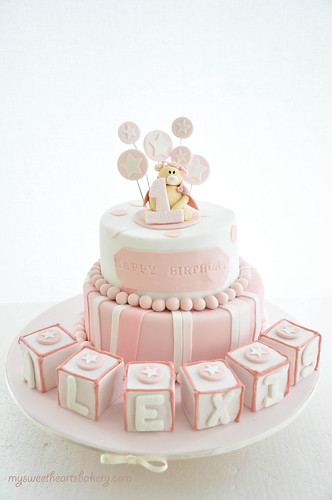 PINK BEAR BIRTHDAY CAKE