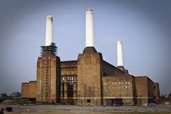 Cathedral (losvizzero) Tags: uk red england brick london abandoned energy industrial cathedral unitedkingdom decay landmark huge battersea powerstation chimneys colossal crumbling batterseapowerstation 15challenges losvizzero