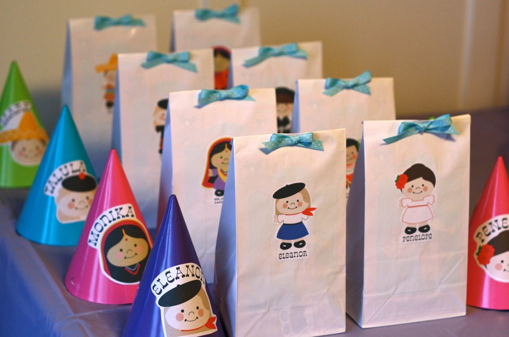 Two crafty mama birthday parties Rookie Moms