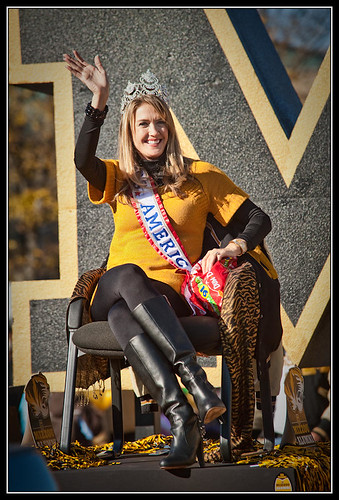 Homecoming parade - Mrs. America