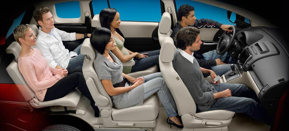 spacious interior MAZDA5