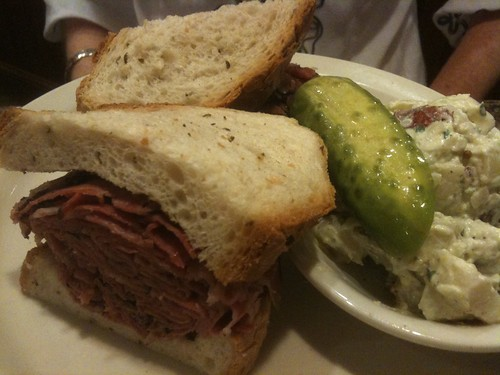 Hot Pastrami at 3 G's