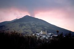 Stromboli, een actieve vulkaan, Liparische Eilanden, Italië 1989 (wally nelemans) Tags: stromboli vulkaan vulcano liparischeeilanden liparyislands isolelipari italië italy italia 1989 volcano