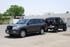 back 2 back cruisers (shine_on) Tags: truck offroad 4x4 toyota jeddah suv fj landcruiser saudiarabia cruiser v8  lifted fjcruiser fabtech    piaa mickeythompson