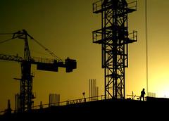 Good Morning Dubai (Gaynor17) Tags: morning sunrise hotel dubai cranes scaffold buildingsite unitedarabemirates fujifinepix6500fd