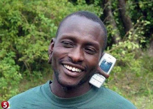 "African Gadgets: What ""Hi-Tech"" Means in Africa 3630613618_5606c56db8"