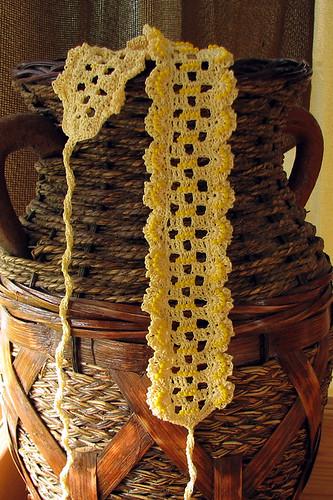 crocheted headband with beads