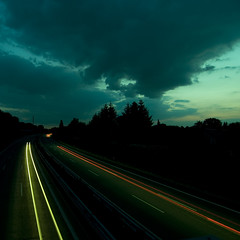 something different (jpk.) Tags: eos abend wolken august autobahn canoneos20d unterwegs autos dmmerung grn landschaft verkehr 2009 langzeitbelichtung herten halde kopka drau drausen janphilip janphilipkopka japhiko