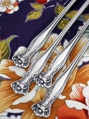 1903 Mystic (Rogers & Bro.) (drakegore) Tags: silver silverware antique victorian artnouveau fancy wallace rogers ornate alvin eastlake flatware gorham aesthetic silverplate reedbarton 1847rogersbros antiquesilverware rogersbro americansilverco antiqueflatware 1880pairpointmfgco