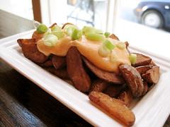 patatas bravas @ el quinto pino