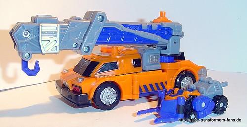Smokescreen with Liftor Armada Supercon  Transformers 001