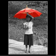 'Red Umbrella' (cisco ) Tags: portrait cisco laos rosso ritratto ombrello redumbrella donkhong champasak siphandon