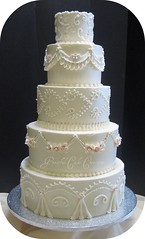 Traditional Ivory Wedding Cake