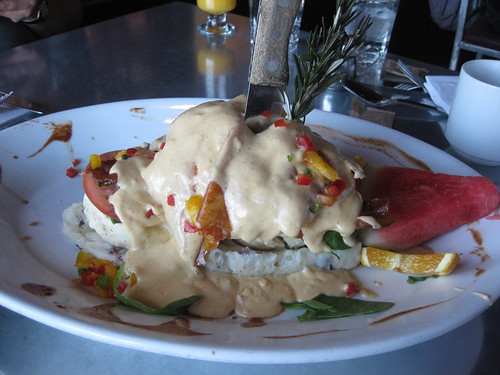 Hash House A Go Go - Fried Chicken benedict