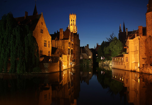 Night falls over Bruges [EXPLORED # 102 on 4/06/11] by Eiona.R.